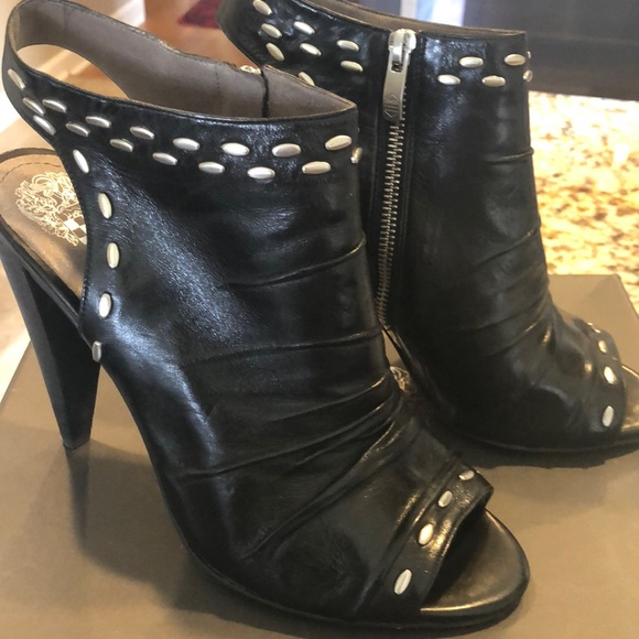 Vince Camuto Shoes - Vince Camuto open toe bootie